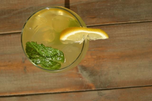Whiskey & Lemonade